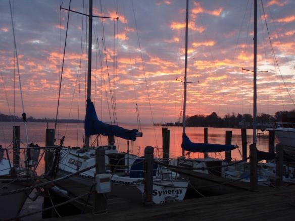 Elizabeth City Harbor Boats MPG